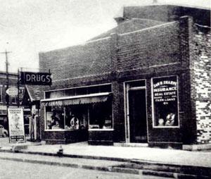 lodge-1930s